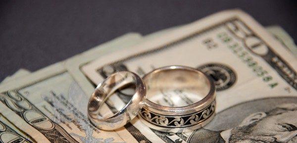 夢占い『お金』が登場した時、夢が暗示する7つの事