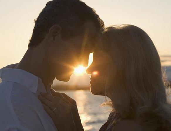 復縁おまじない、もう一度彼と幸せな恋愛ができる9つの魔術