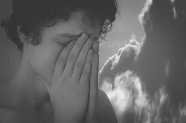 『泣く夢』あなたの内に隠された7つの深層心理