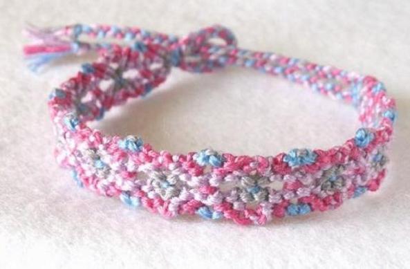 ミサンガの編み方がすぐ分かる!超簡単に編める5つのステップ