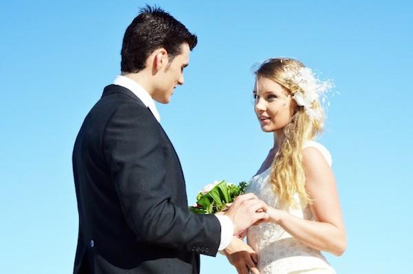 夢占いが伝える「結婚する夢」に隠された7つの心理