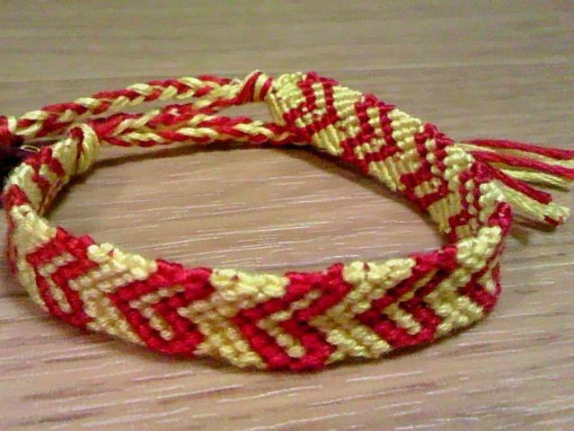 ミサンガ作り方ハートの模様を誰でも上手に編む方法