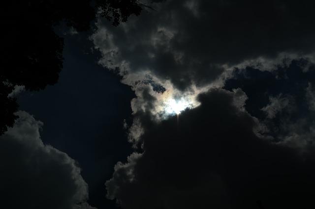 夢占い・幽霊の夢を見たときにあなたが振り返るべきこと