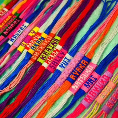 必見!ミサンガに文字を入れる編み方のコツ☆