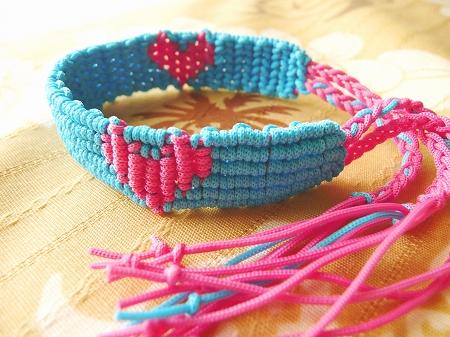 ミサンガ作り方ハートがかわいい♪5つの編み方