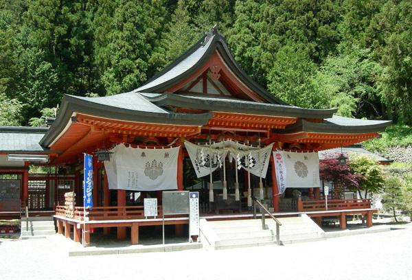 金運アップまちがいなし!今すぐ参拝に行くべき7つの神社