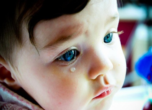 夢占いで泣く夢はなぜ?シチュエーション別7つの意味