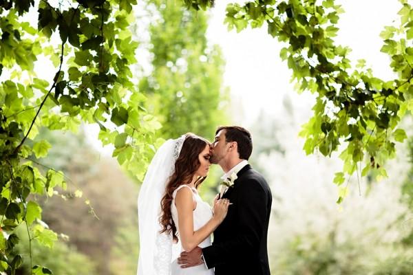 【夢占い】結婚する夢に込められたあなたの深層心理