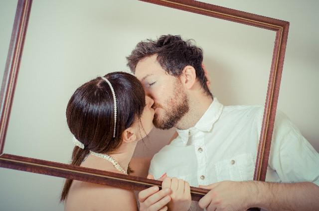 【夢占い】キスの夢は相手がポイント!その意味7パターン
