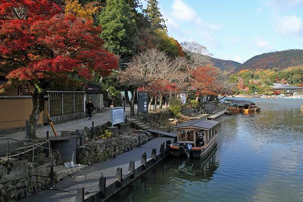 嵐山を観光するなら・120%濃厚に楽しめる4つのガイド