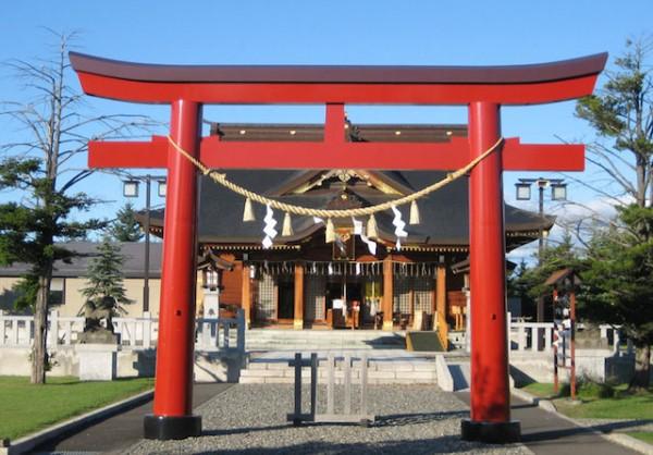 【神社参拝】日本人なら知らないと恥ずかしい6つの作法