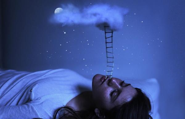 夢日記を書き続けると危険!と言われる4つの理由
