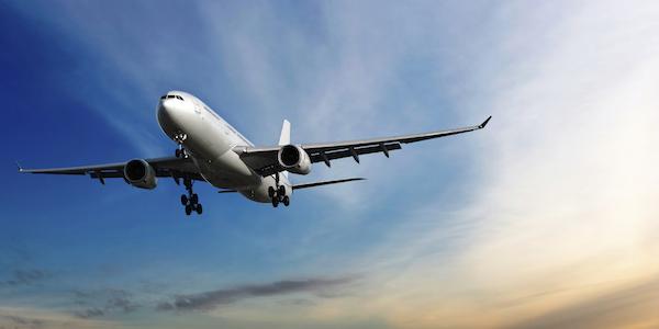 夢占いで『飛行機』の夢を見たときのあなたの運勢
