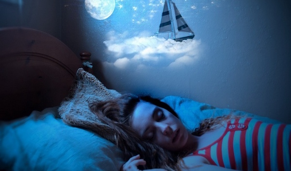 怖い夢の原因を知り、二度と見なくなる5つの対処策