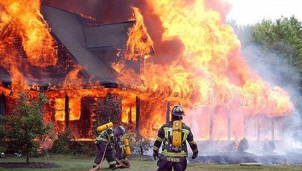 火事の夢を見たら訪れるかもしれない7つの幸運!