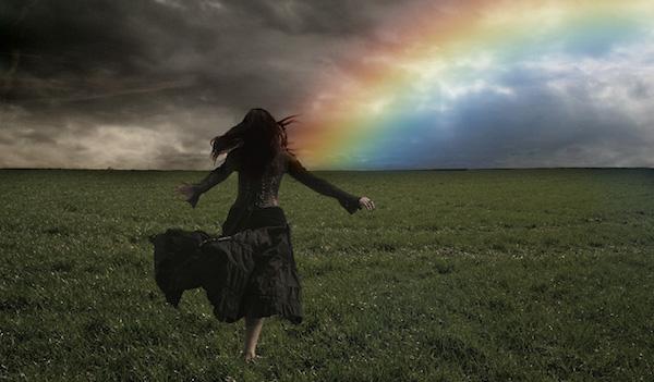 【夢占い】逃げる夢から読み解く7つの不安