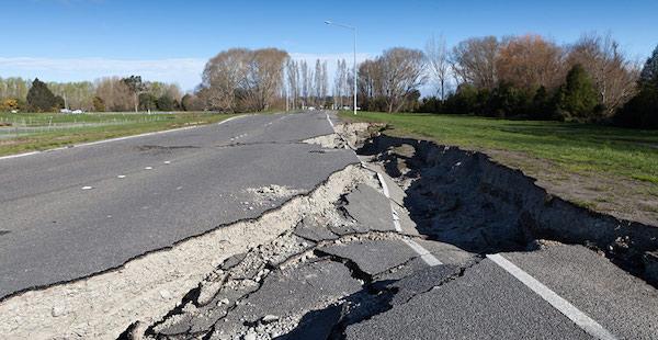 地震の夢があらわす、あなたの深層心理とは?