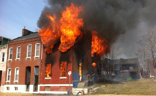 怖い火事の夢が暗示することとは?5つの夢診断