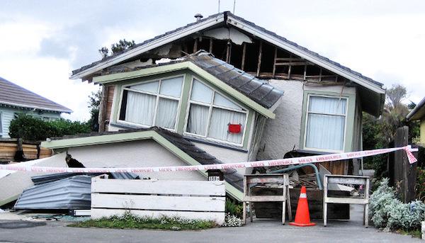 夢占い☆地震の夢を見たら注意する6つのこと