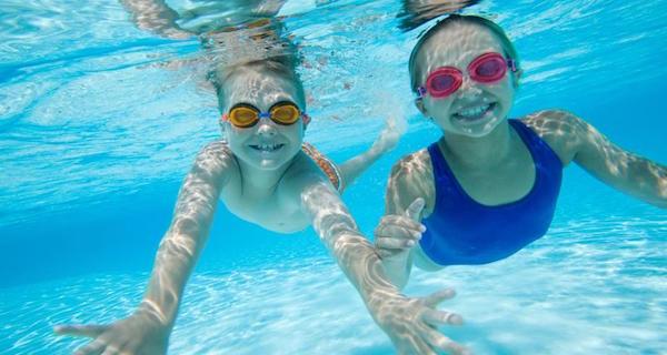 泳ぐ夢が意味するあなたの深層心理とは