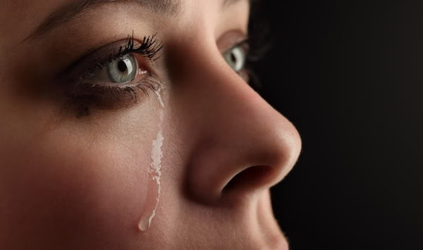 泣く夢を見た後に気をつけてほしい5つの事