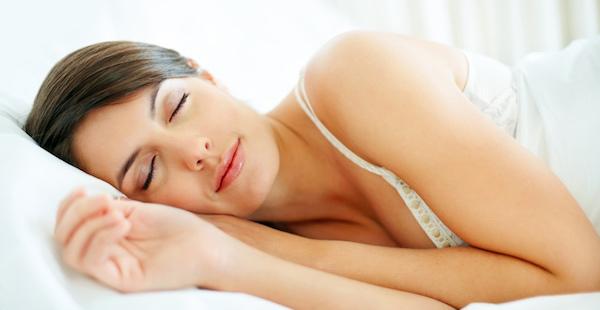 悪夢を見る原因を突き止めて、上質な眠りを得る4つの術