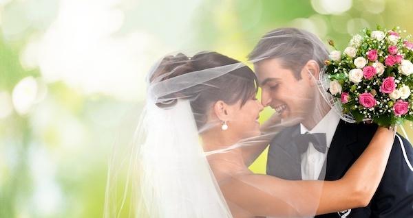 結婚する夢を見た後に気をつけてほしい12の事