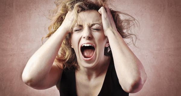 叫ぶ夢が意味するあなたの深層心理とは