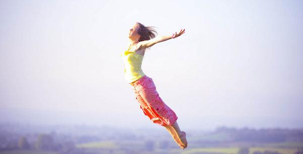 飛ぶ夢を見た後に気をつけてほしい4つの事